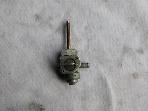 1988 à 93 Honda Shadow VT 1100c valve réservoir essence, pet cok