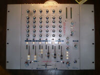 A and H  Xone 62 Pro D J Mixer