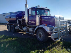 2001 Western Star Pressure Truck - NEW CAT engine $1900 O.A.C.