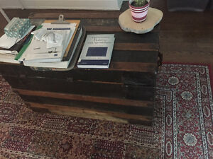 Chest- Coffre/ table/ armoire/ cupboard