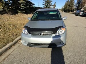 MINT CONDITION 62,000 KMs 2007 TOYOTA MATRIX XR (2 SETS OF TIRES