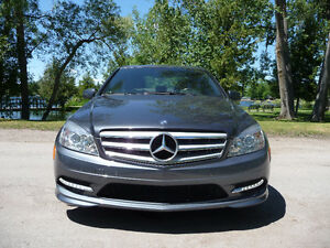 2011 Mercedes-Benz C250 V6 Sport Package AWD $78 Weekly Peterborough Peterborough Area image 3