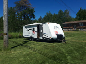 2006 -26'  Zeppelin travel trailer with  14'  slide out