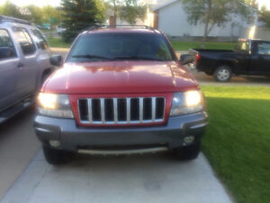 2004 Jeep Grand Cherokee SUV, Crossover for salvage or parts