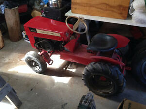 tracteur massey ferguson antique