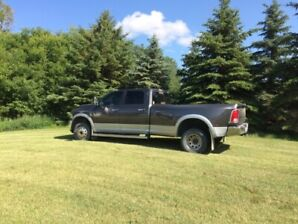 Dodge 2015 1 ton dually for sale
