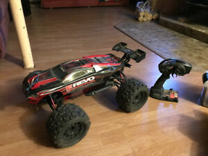 Monster truck E-Revo brushless teleguide