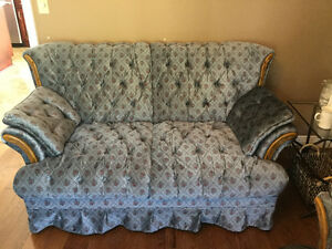 COUCH LOVESEAT CHAIR COFFEE TABLE
