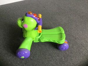 Tricycle Fisher-Price Go Baby Go! Stride-to-Ride Dino