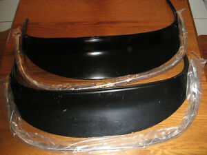 1973-1974 Ford Gran Torino/Sport rear fender skirts