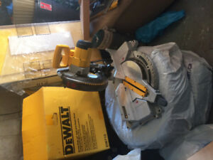 "Dewalt heavy duty 12"" (305mm) compound miter saw for sale"