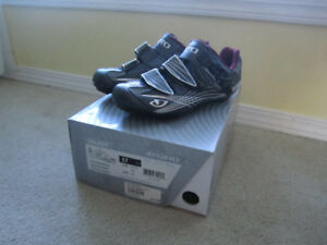 Women's Road Cycling Shoes SZ 7
