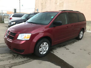 2010 GRAND CARAVAN SE STOW AND GO 178000 KM
