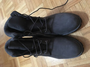 Boots homme TIMBERLAND grises - T 10- NEUF
