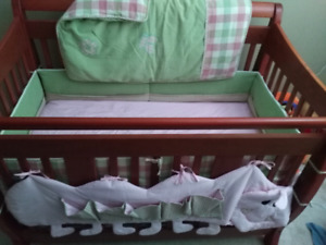 CATERPILLAR BEDDING SET!! For crib or toddler bed!