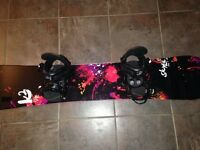 *LIKE NEW* Women's 146 K2 board, bindings, 7 boots and medium h