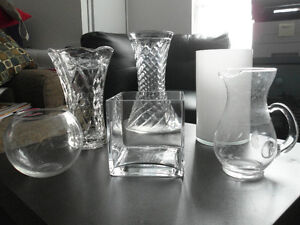 Glass Vases: 6 Options of Various Designs & Sizes