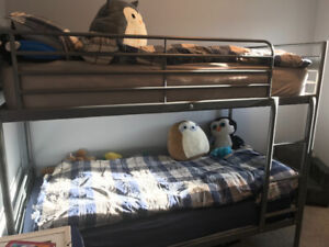 Bunk bed frame silver Color