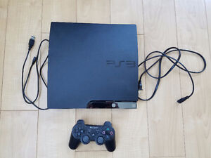 PS3 slim 120GB, 5 games, controller