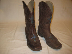 Roper cowboy boots. with blue cross
