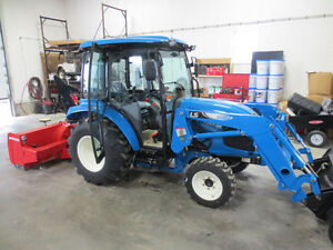 2017 LS XR3135H Tractor Package