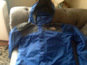 Boys North Face Hooded Rain Jacket Size XL Size 16