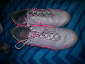 Puma shoes size 4.5
