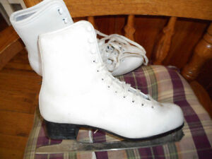 size 6 ladies skates and size 5