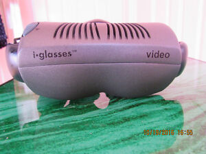 NEW iGlasses 3d Virtual Reality HMD Glasses No Smartphone Needed West Island Greater Montréal image 2