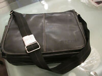 Sac de transport / sac pour portable cuir noir NEUF