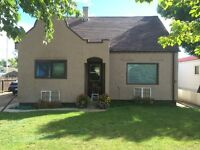 House for sale in Schuler