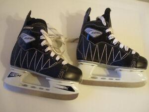 CCM Intruder Skates, SKATE Size 10J , SHOE SIZE 11.5 YOUTH