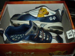 SIZE 8.5 THE LION KING CHILDRENS SHOES