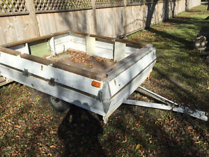 Selling this Utility Trailer in Good Shape $400 OBO