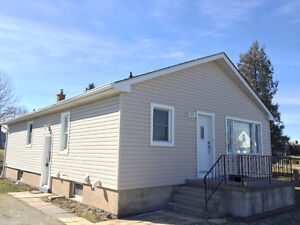 3+2 bedroom Thorold house for rent available for May