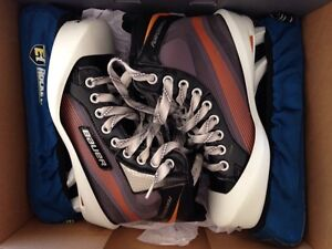 Youth size 5D goalie skates - Bauer -performance Windsor Region Ontario image 1