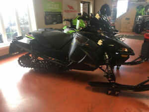 2018 ARCTIC CAT ZR9000 THUNDERCAT