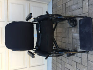 Wheelchair manual model quickie 2 ROHO seat cushion