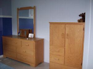 Bureau avec miroir