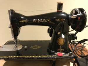 Singer 15J Sewing Machine in great shape with table & stool