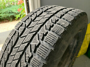 4 Winter Tires with Rims 235/55R17