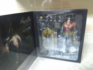 Batman Arkham Knight Play Arts Robin