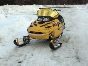 2001 Ski Doo MXZX