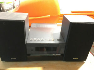 - Sony CD / MP3 / AUX Player - Model CMT-BX1 -