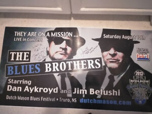 BLUES BROTHERS AUTOGRAPHED TOUR BAND 4FT X 15 IFT 2IN