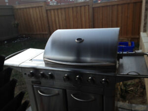 BBQ KirKland , Good Condition, Life time spare part, Pick up