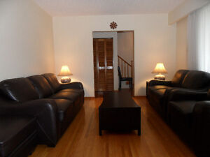 Rooms available on upper floor of a posh house near Carleton Uni
