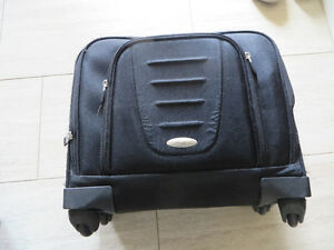 Samsung Computer Carry Case on wheels
