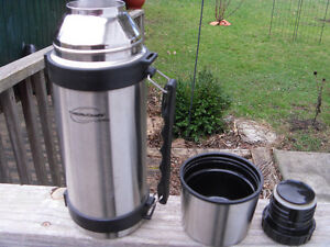 Thermocafe by Thermos (hardly used)