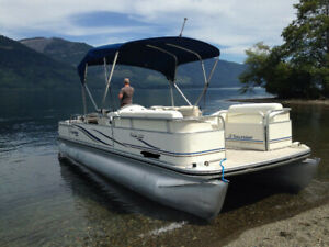 Pontoon Boat Tours On Lake of the Woods